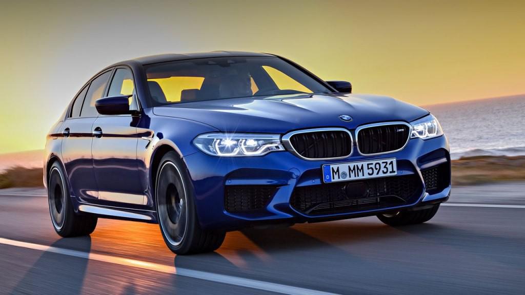 Новый седан 2018 BMW M5 (F90)