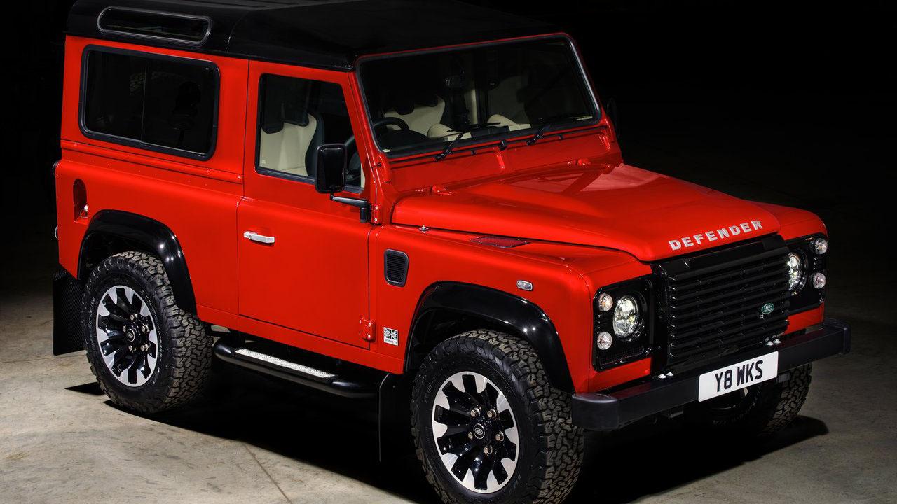 Land Rover выпустил ограниченную версию внедорожника - 2018 Land Rover Defender Works V8