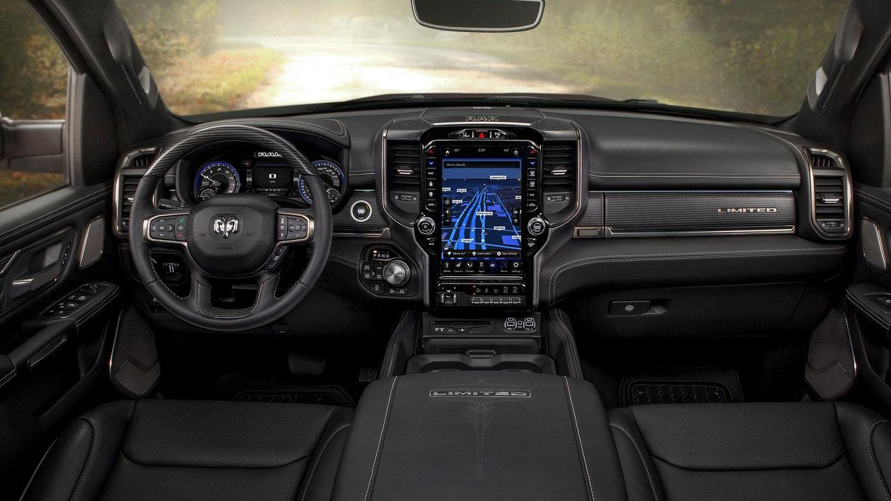 Новый высоко технологичный американский пикап 2019 Dodge Ram 1500