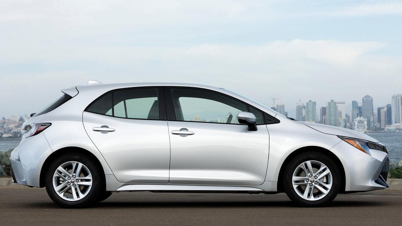 Новый хэтчбек 2019 Toyota Corolla Hatchback 3-го поколения
