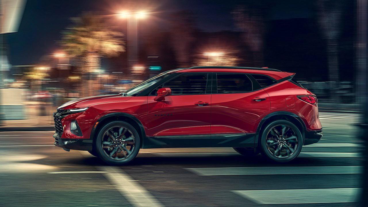 Chevrolet спустя 13 лет решили вернуть на рынок Blazer (Кроссовер 2019 Chevrolet Blazer)