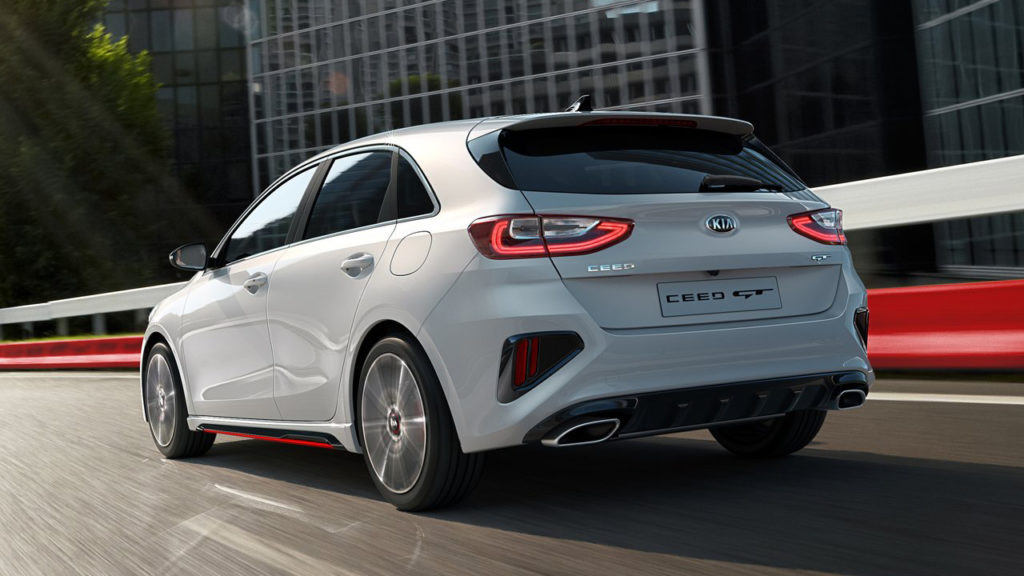 Kia представила новый заряженный хэтчбек 2019 Kia Ceed GT