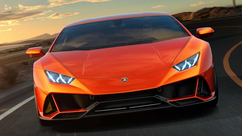 Lamborghini Huracan Evo 2019 vneshnij vid, foto, perednjaja chast'