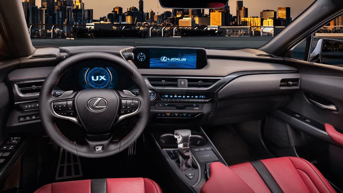 Novyj Lexus UX 2019 inter'er, salon, vnutrennee ubranstvo, obzor, foto, tehnicheskie harakteristiki