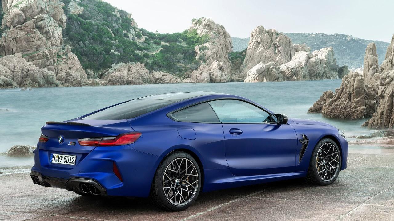 2020 BMW M8 Coupe and Convertible foto, jekster'er,vid szadi,obzor, cena, data vyhoda — video