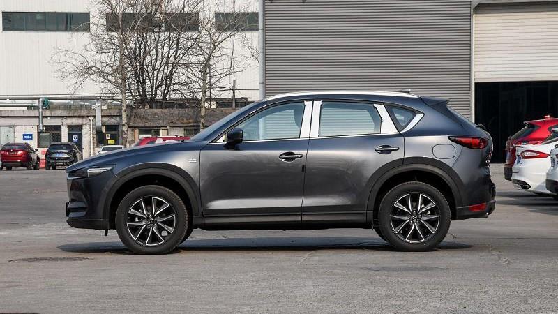 Mazda CX-5 2020 foto, jekster'er, vid sboku, vneshnij vid, obzor, cena, data vyhoda — video