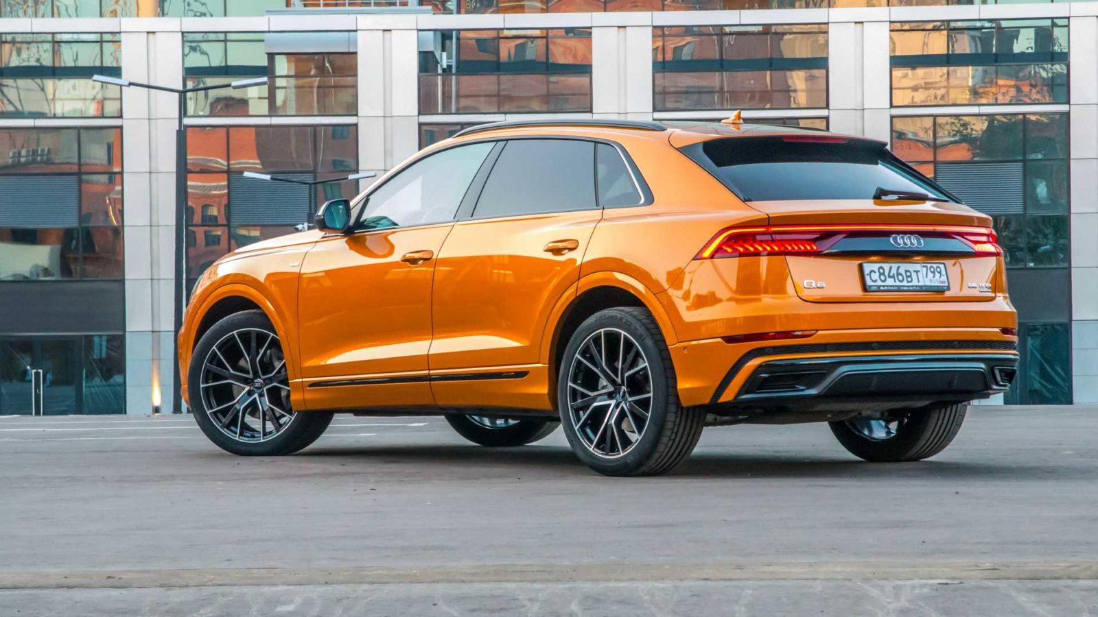 2020 Audi Q8 foto, jekster'er, vid szadi, tehnicheskie harakteristiki, cena, data vyhoda — video