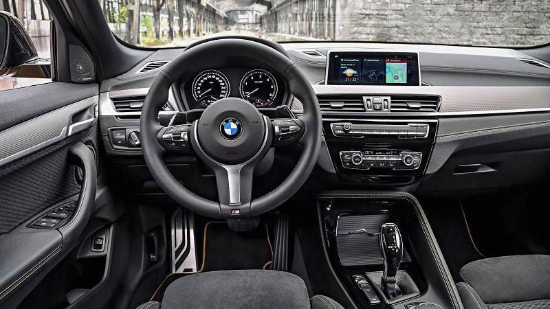 2020 BMW X2 foto, inter'er, salon, cena, data vyhoda — video