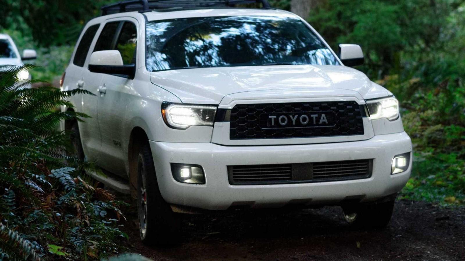 2020 Toyota Sequoia TRD Pro foto, jekster'er, vid speredi, tehnicheskie harakteristiki, cena, data vyhoda — video