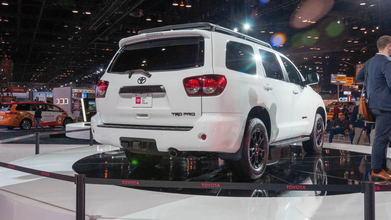 2020 Toyota Sequoia TRD Pro foto, jekster'er, vid szadi, tehnicheskie harakteristiki, cena, data vyhoda video