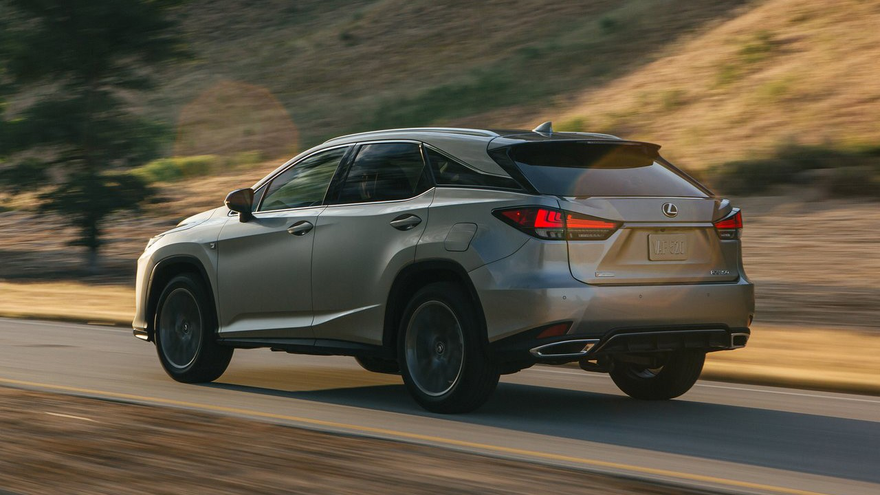 2020 Lexus RX foto, jekster'er, vid szadi, tehnicheskie harakteristiki, cena, data vyhoda — video