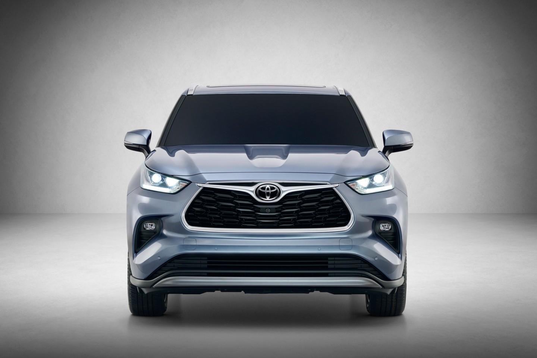 2020 Toyota Highlander foto, jekster'er, vid speredi, tehnicheskie harakteristiki, cena, obzor, data vyhoda — video