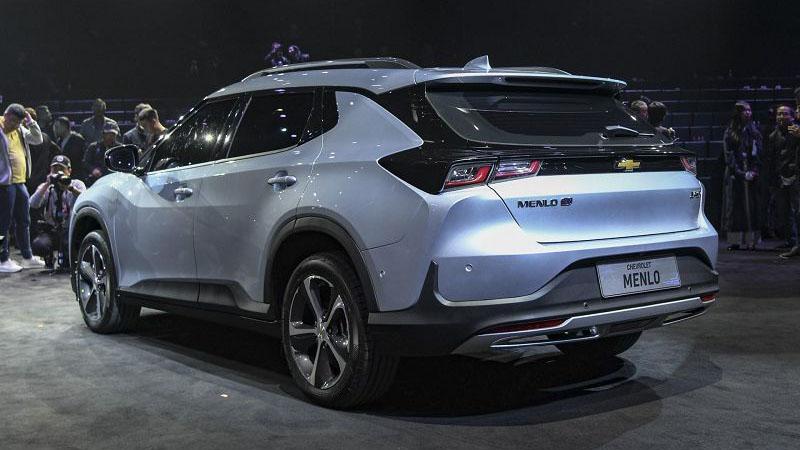 2020 Chevrolet Menlo foto, tehnicheskie harakteristiki, cena, data vyhoda, vid szadi