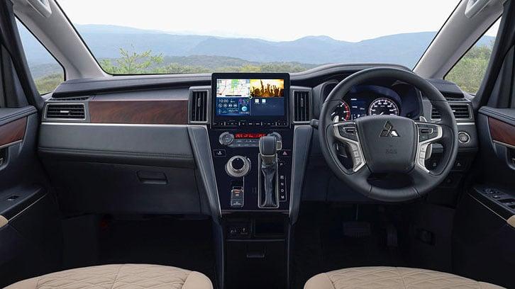 Mitsubishi Delica 2020 рулевое колесо, обзор салона