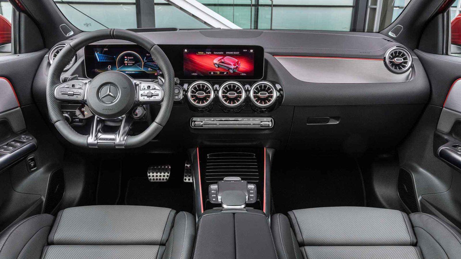 Mercedes GLA 2021 фото, технические характеристики, цена, салон, интерьер