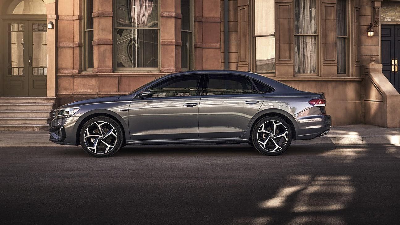 V Rossii startujut prodazhi obnovlennogo Volkswagen Passat