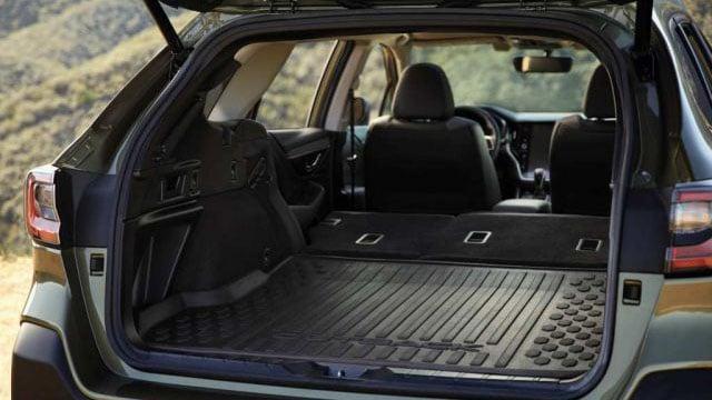 Novyj 2020 Subaru Outback foto, tehnicheskie harakteristiki, cena, data vyhoda, bagazhnoe otdelenie