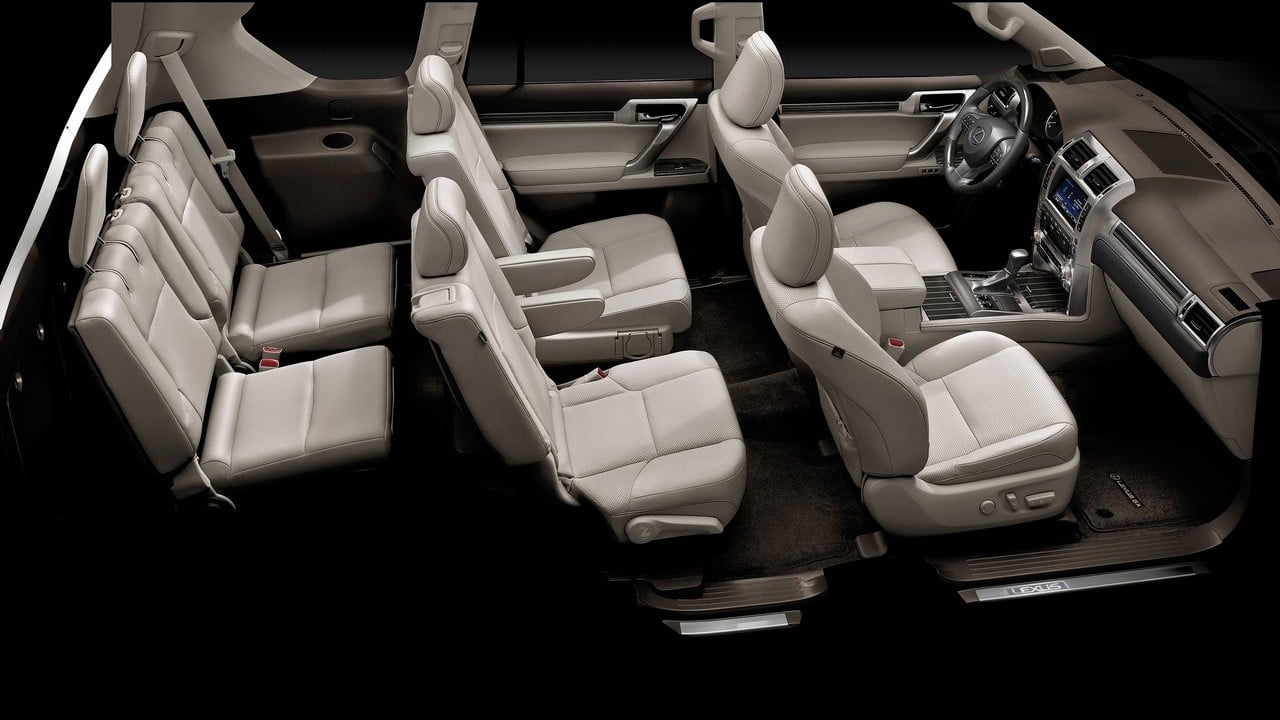 Lexus GX 460 2021 салон