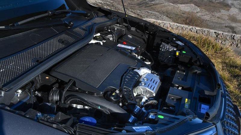 Новый DS 3 Crossback 2021 двигатель