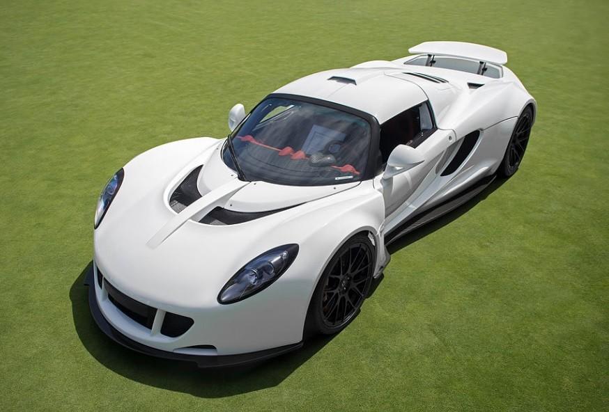 Hennessey Venom GT самый быстрый гиперкар в 20214 году