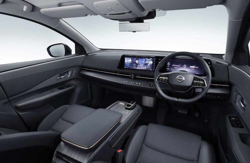 новый Nissan Ariya фото