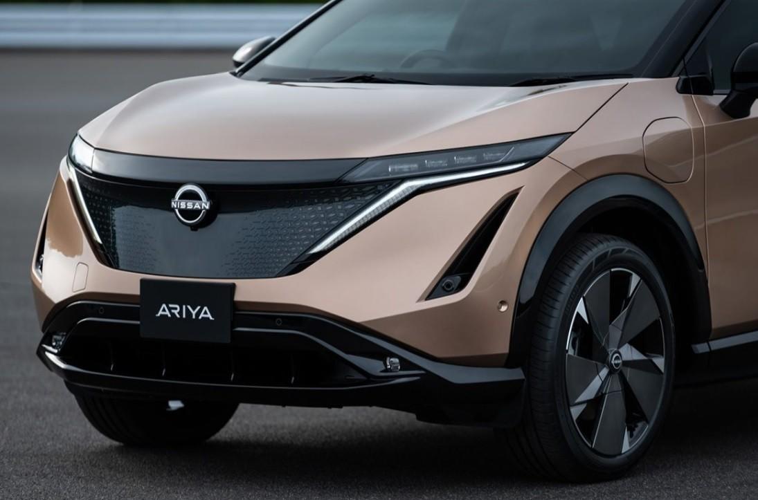 новый Nissan Ariya