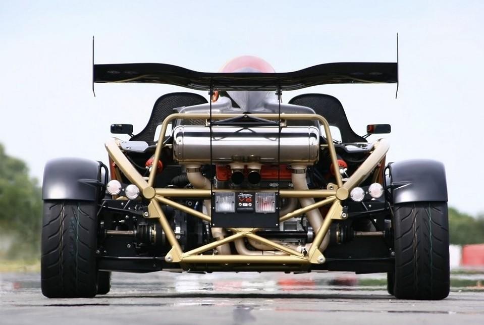 фото самой быстрой машины в мире Ariel Atom V8 500