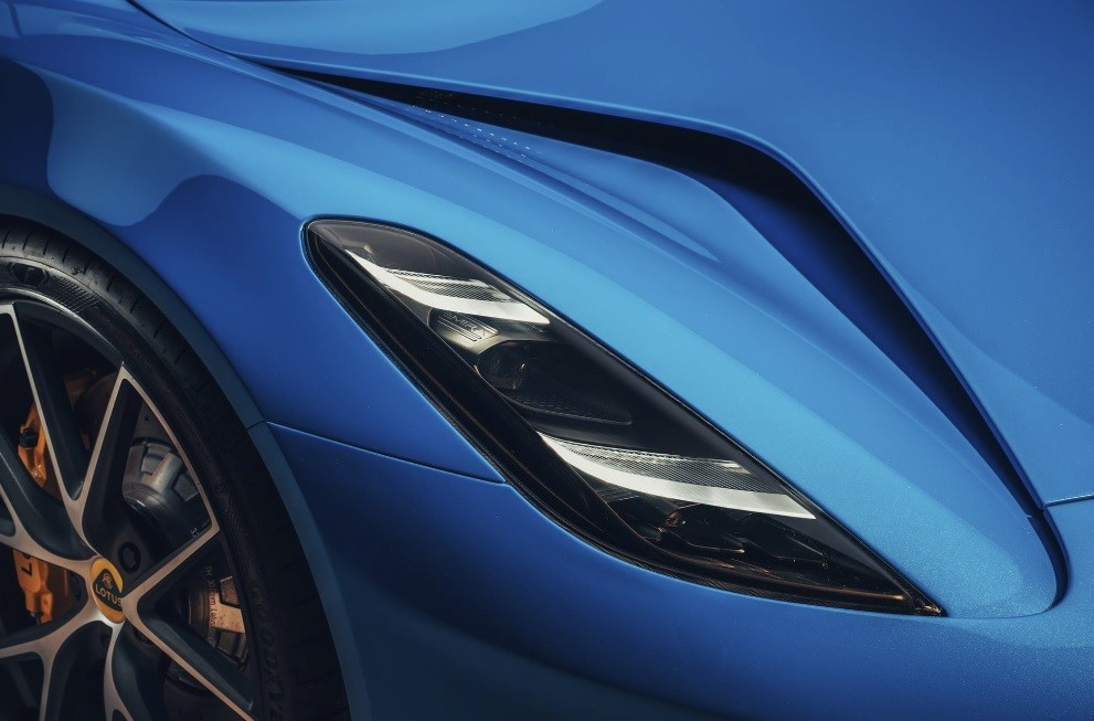 Новый спортивный суперкар 2022 Lotus Emira цена