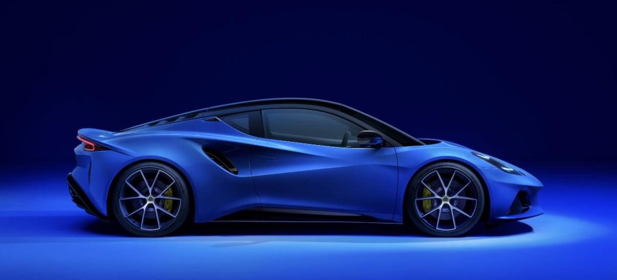 Новый спортивный суперкар 2022 Лотус Эмира фото