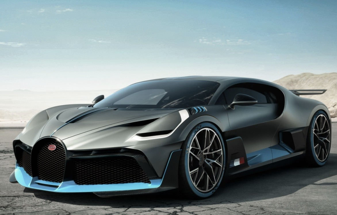 самая шустрая Bugatti Divo фото