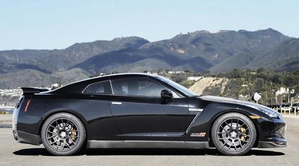 самый быстрый седан в мире Nissan GT-R AMS Alpha 12 фото
