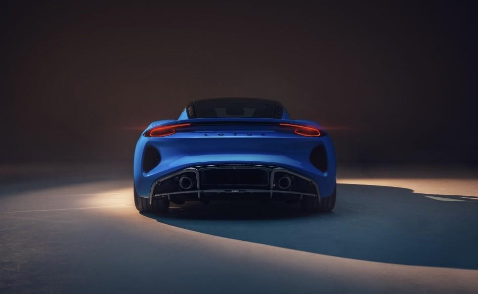 спорткар Lotus Emira 2022 цена