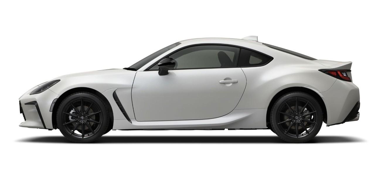 спорткар Тойота ГР 2022 фото цена