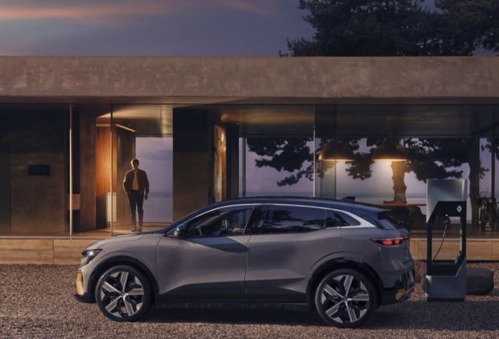 фото Renault Megane E-Tech Electric 2022