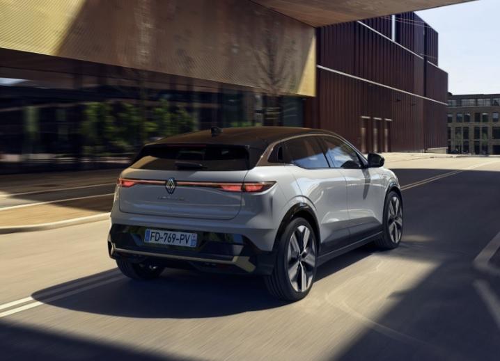 кроссовер Renault Megane E-Tech Electric 2021