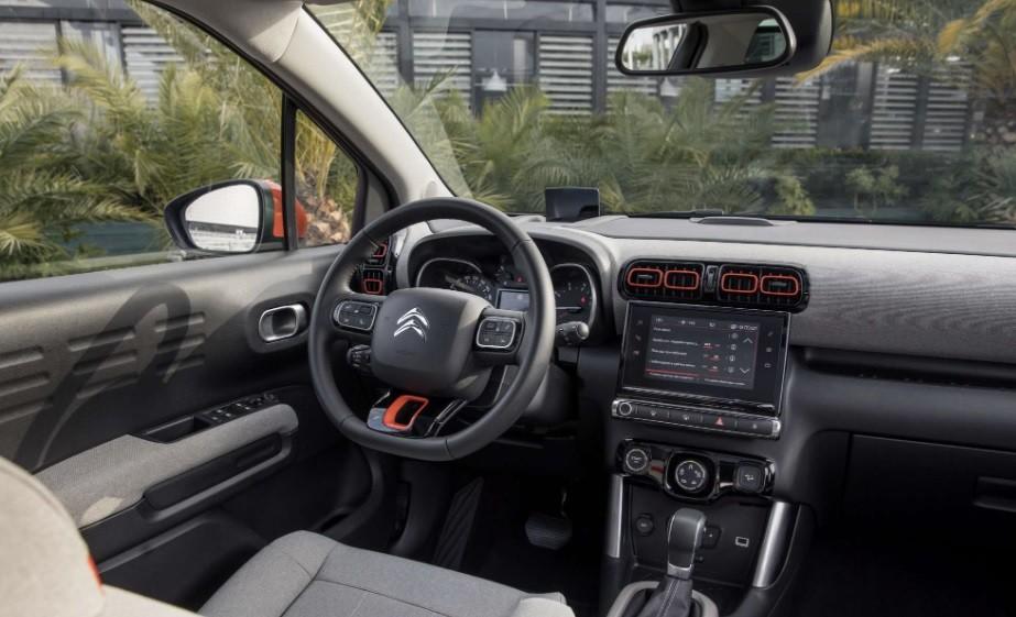 новый кроссовер Citroen C3 Aircross 2021 технические характеристики